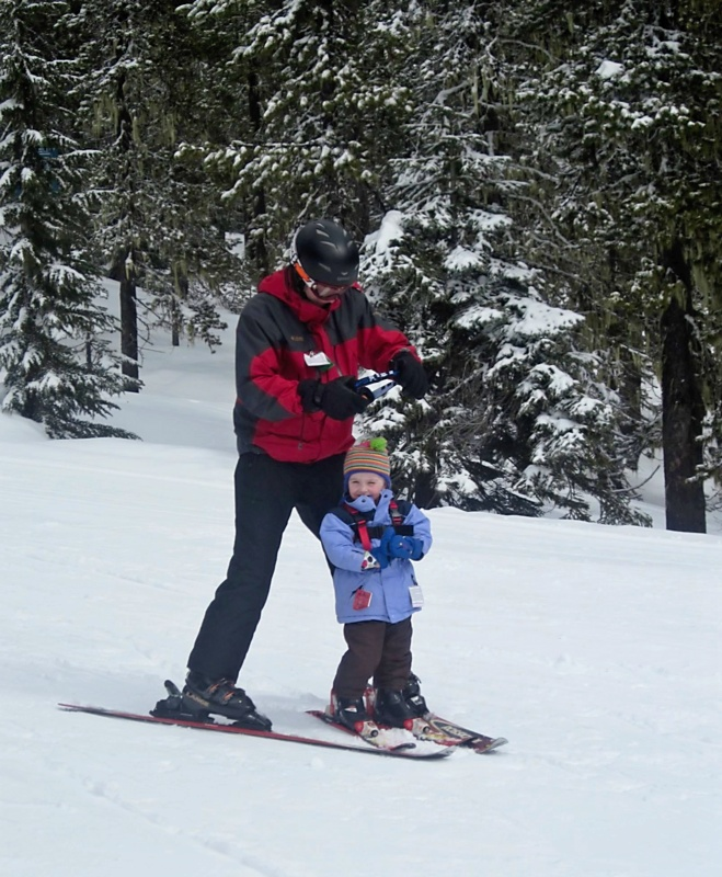 Skiing Family Style